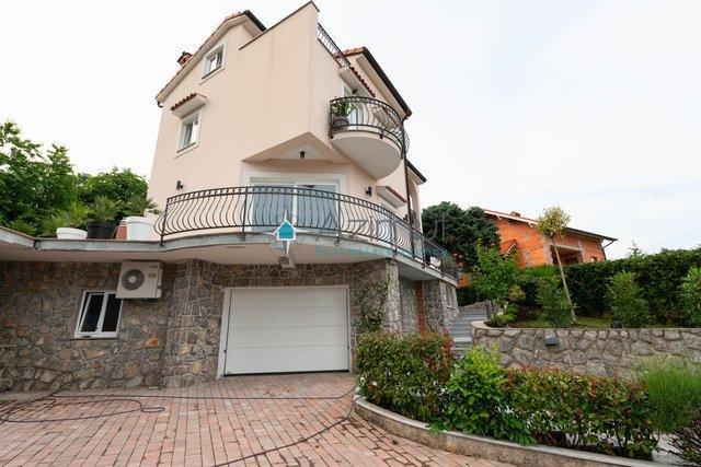Matulji, Mihelići, Samostojeća kuća s okućnicom, 420 m2