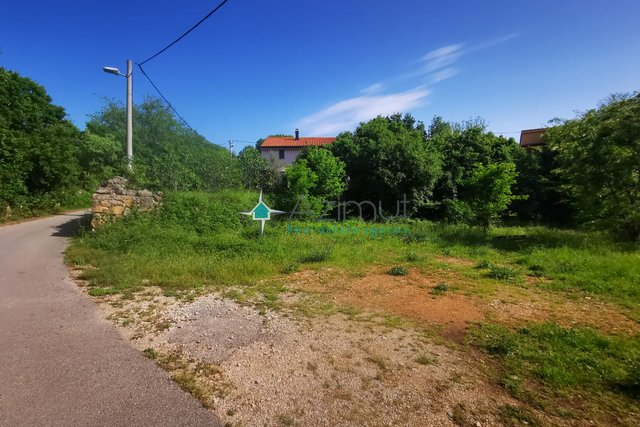 Krk, Lakmartin, Građevinsko zemljište, 800m2