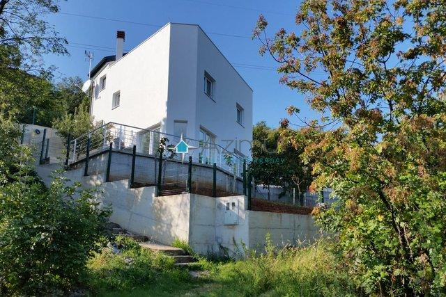 Hiša, 150 m2, Prodaja, Opatija