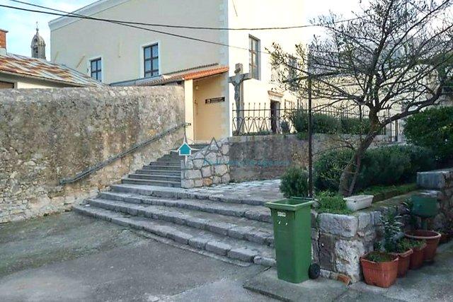 Karlobag, Kuća u nizu, 150 m2