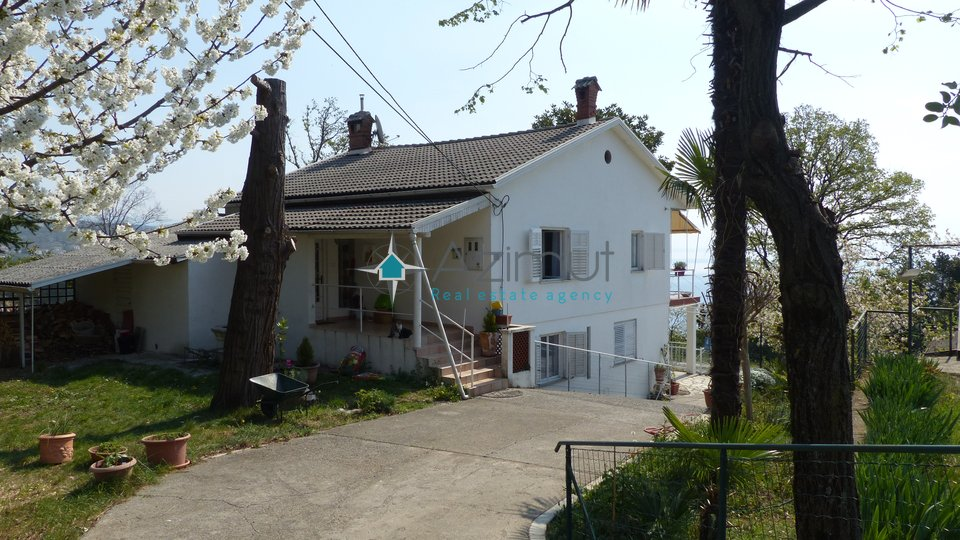 House, 260 m2, For Sale, Opatija - Pobri